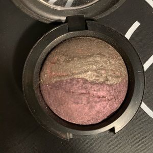 MAC mineralize eyeshadow earthly riches